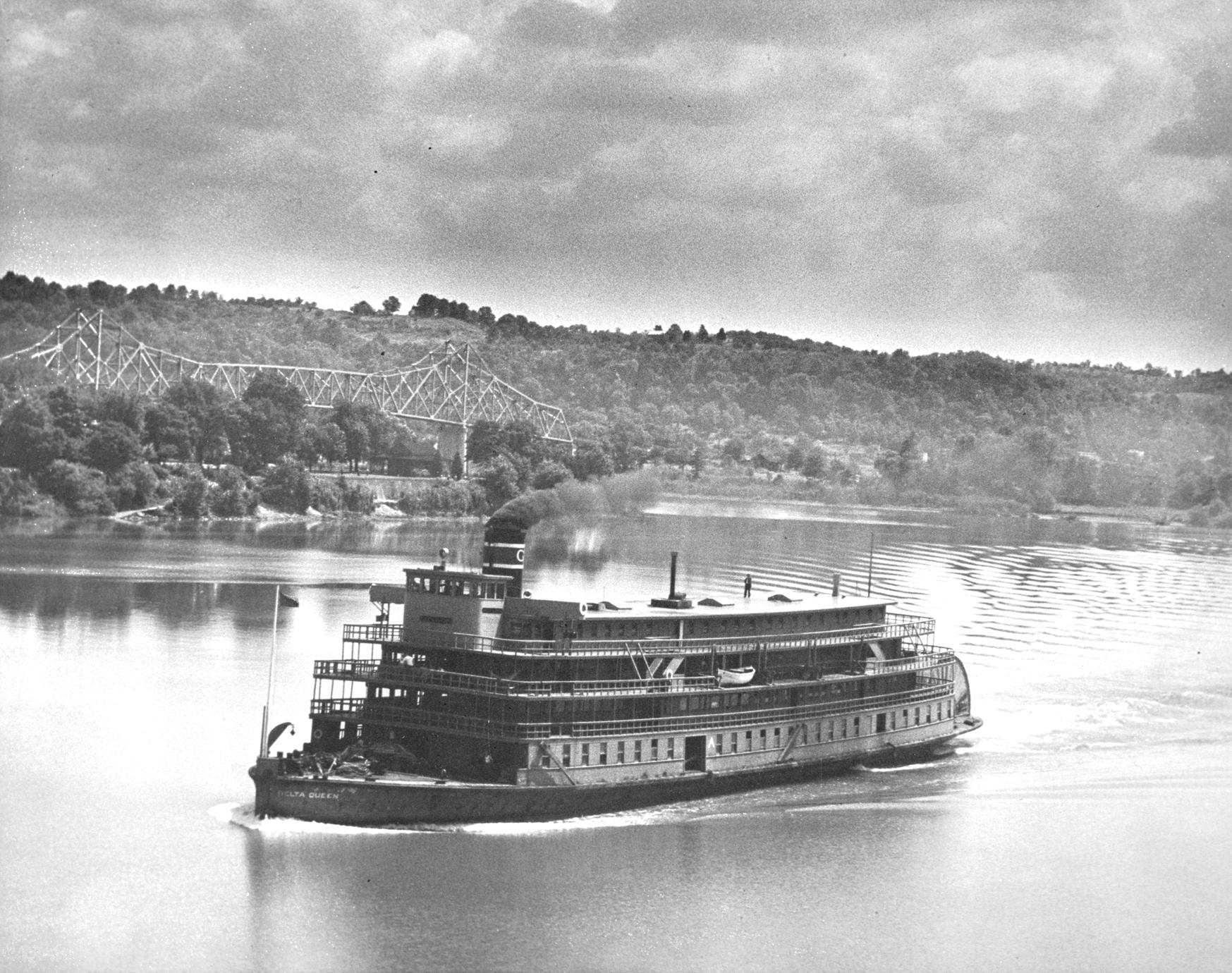 Delta Queen (Packet/Excursion boat, 1926- )