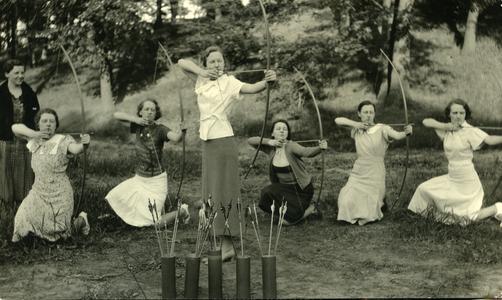 Women's Athletic Association Archery Club