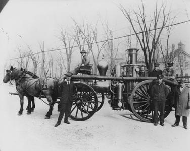 Steamer fire engine and crew circa 1925