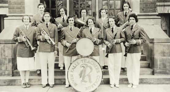 Girls band, 1932-1933