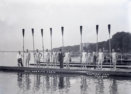 UW Varsity Crew, 1913-14