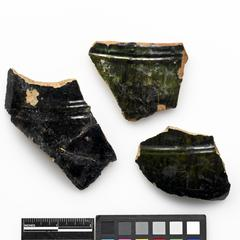 Hollow-ware fragments