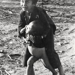 Children in a Yao (Iu Mien) village in Houa Khong Province