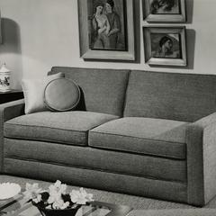 Simmons furniture display
