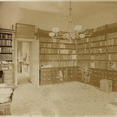 Woodman Astronomical Library