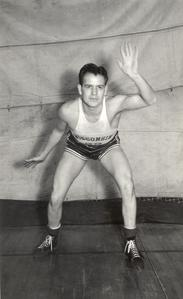 Mannie Frey ('38) - UW Basketball Player