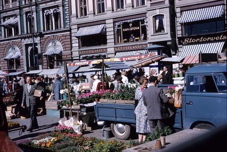 Downtown flower market