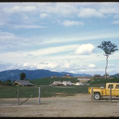 Muang Kasy : U.S. Bureau of Roads truck