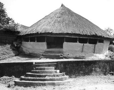 Yalunka Round House