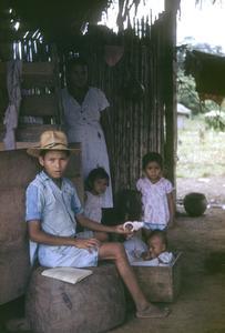 Family in Guatuso.