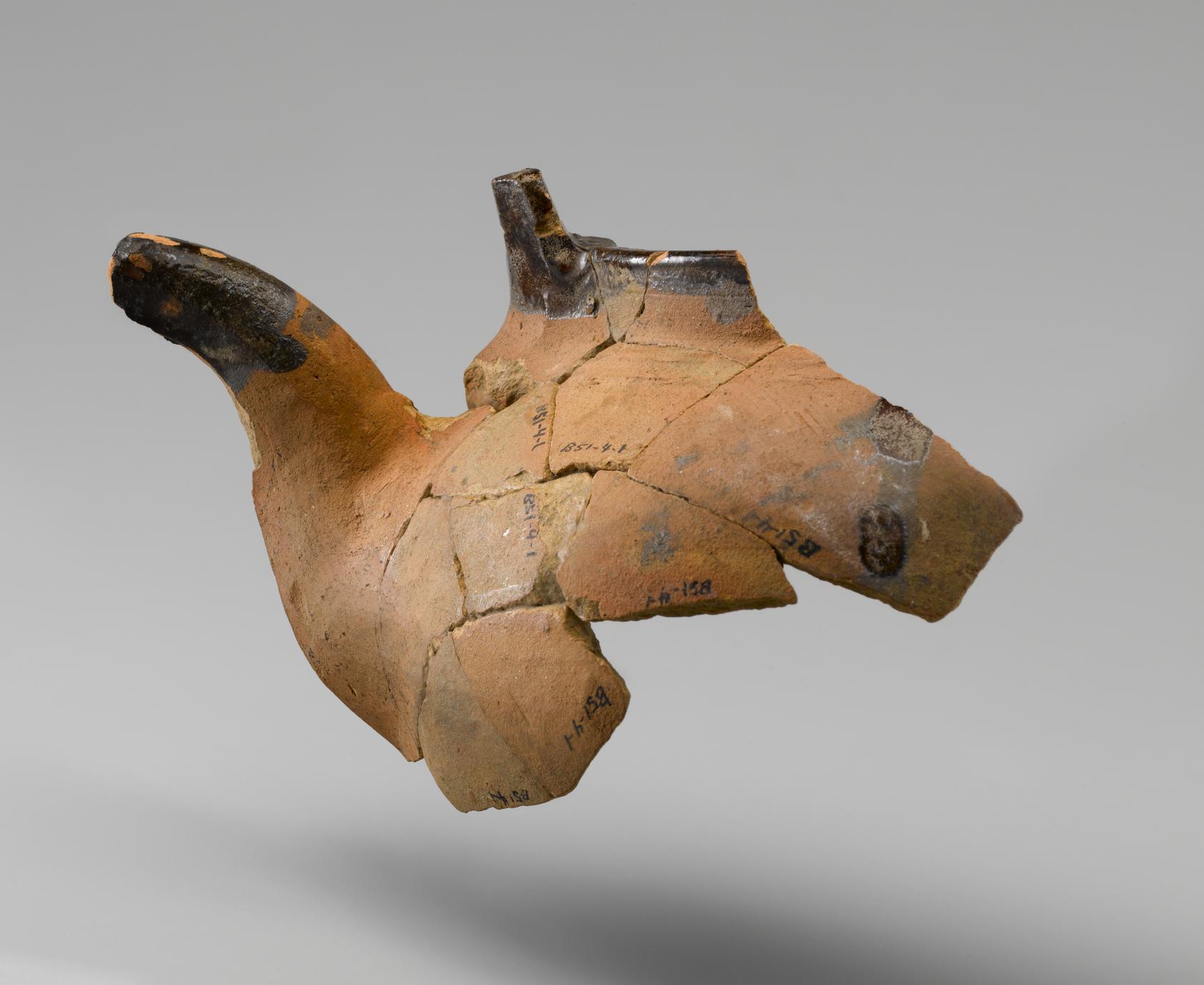 Tea kettle fragments