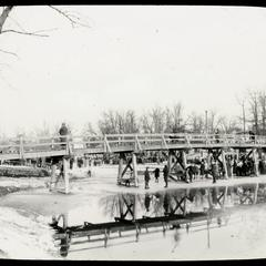 Wooden foot bridge, Lincoln Park