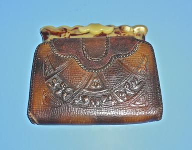 Hand tooled arts and crafts leather purse