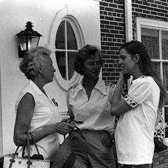 Lola Gordon, Nina Leopold Bradley, and Nina jr.