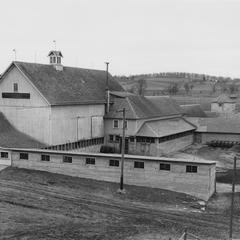 Wern Farms, Genesee, outbuildings
