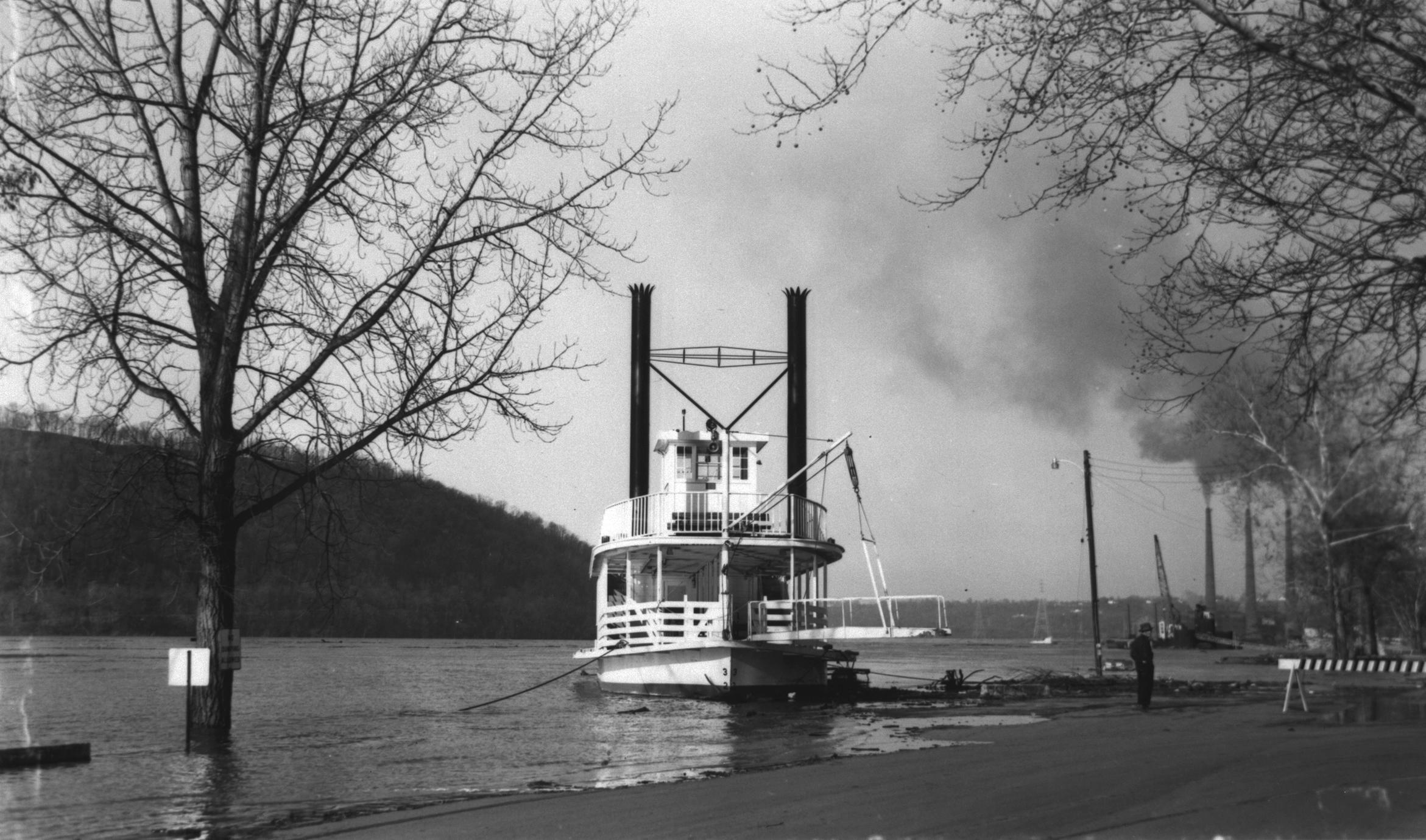 Valley Queen (Excursion boat)