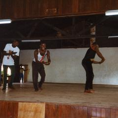 Clapping dancers