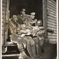 Auf der Fahrt nach Rumänien Mitte Feldw. Bleifuhs † 1917