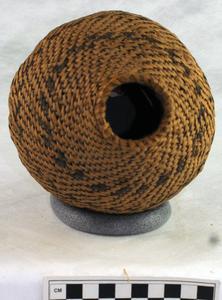 Basket water bottle