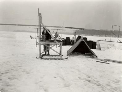 Meteorological instrument reading
