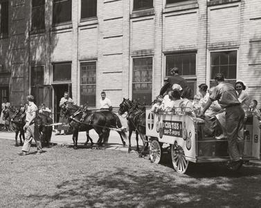 Curtiss Saf-T-Pops wagon