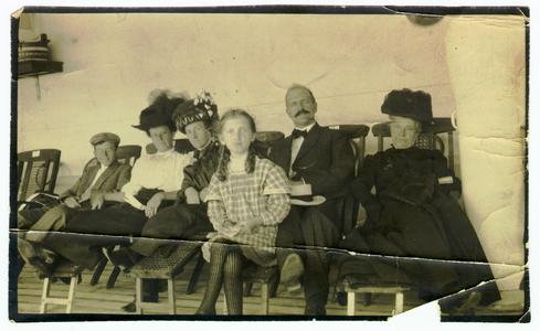 Helen Louise Allen and family on a ship.