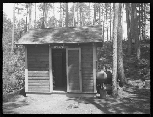 Trout Lake mens bathouse