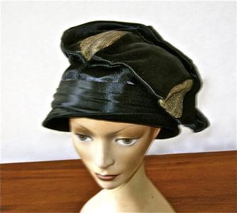 Black velveteen turban cloche