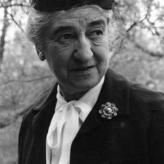 Estella Bergere Leopold portrait