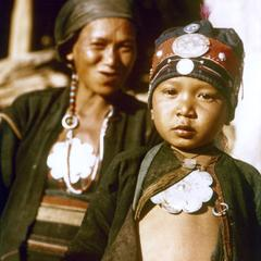Akha refugee mother and child from Burma in Houa Khong Province