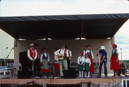 "Members of ""Paisano Club"" perform Italian songs"
