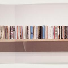Unpacking my library : an installation