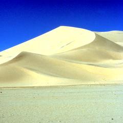 Sand Dunes between Tamanrasett and Djanet