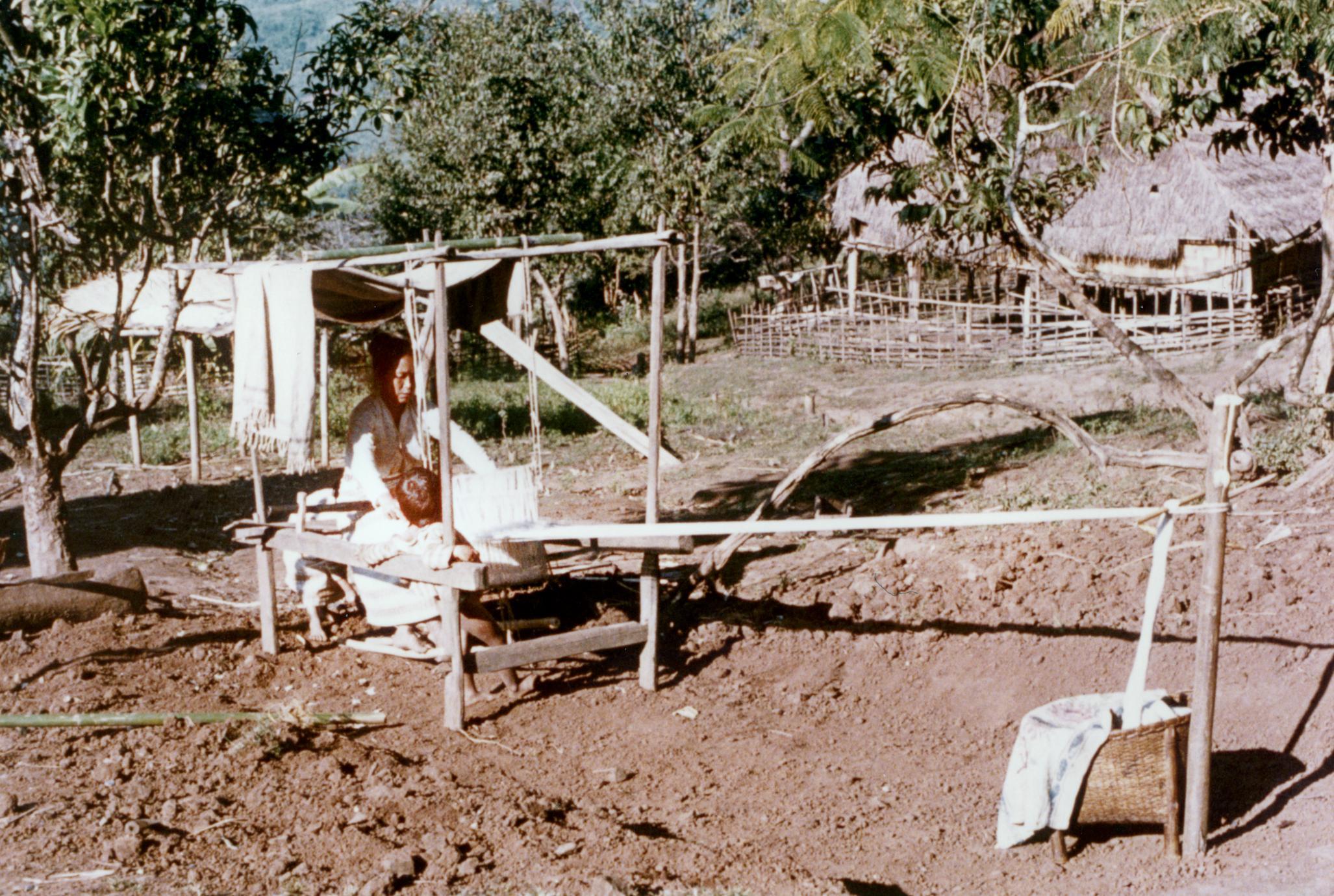 White Lahu (Lahu Hpu) woman weaving in Houa Khong Province