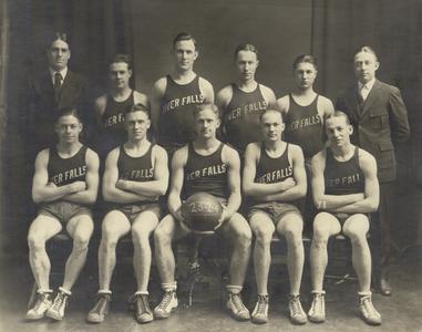 Basketball team, 1924