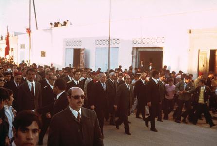Visit of Foreign Minister, Hedi Nouira, to Ksar-Hellal