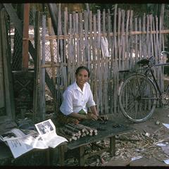 Tai Dam village : village stands