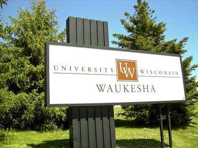 University of Wisconsin-Waukesha sign