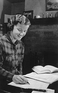Eleanor Reese, student, studying