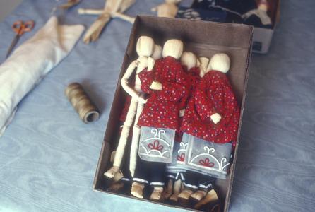 Kim Cornelius Nishimoto's dressed cornhusk dolls in progress