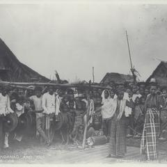 Female Moro dancers, Zamboanga, early 1900s