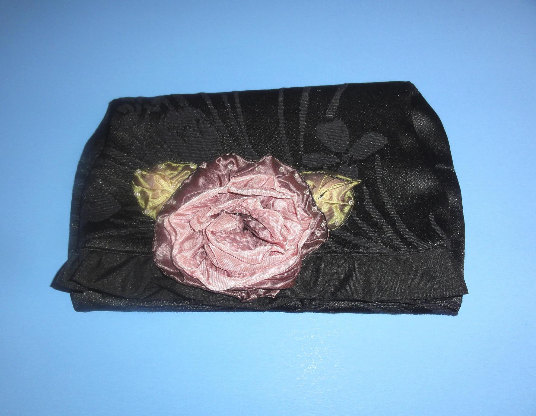 Black clutch bag with rose