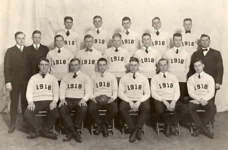 1918 UW Football Team