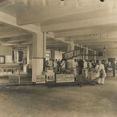 White Rock Mineral Spring Company, Waukesha, interior conveyor 4