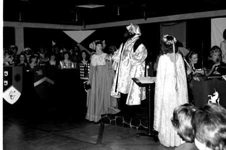 King and his court of performers
