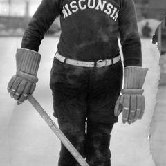 UW men's hockey player, Moorehead