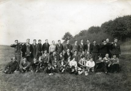 Rifle Club group photograph, Summer Session
