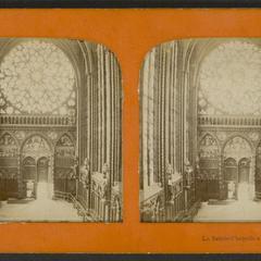 La Sainte-Chapelle à Paris : vue intérieure
