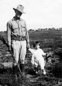 Hunting with Luna Bergere Leopold, son, September 1922 (Luna very small child)