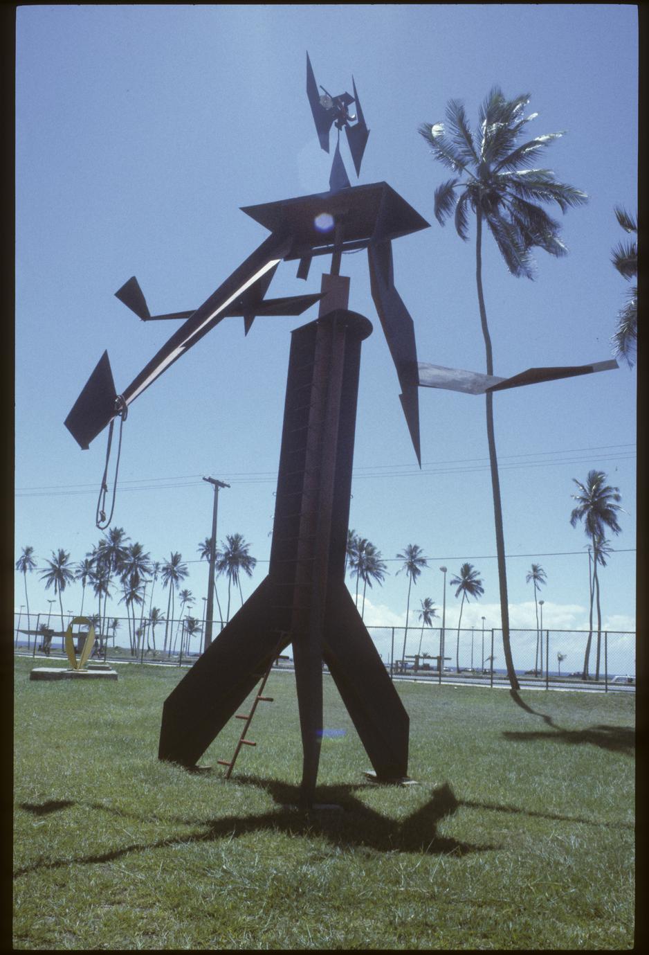 """Sculpture by Mario Cravo at """"Espaço Cravo"""" (Cravo Space)"""